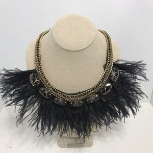 Stella dot LE black feather crystal necklace